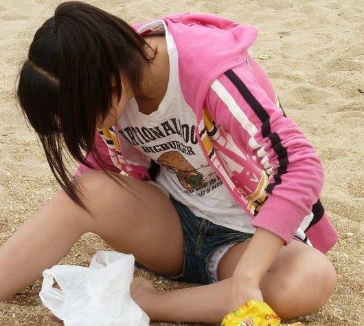 【H,エロ画像】ショートパンツだからって隙ありする女wwwwwwwwwwwwwwwwww ほか