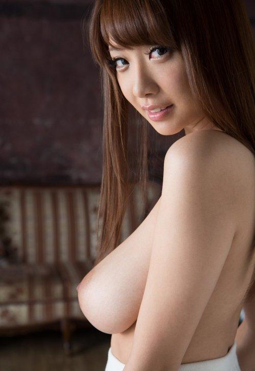 宇都宮しをんから改名した美巨乳美女、RION (3)