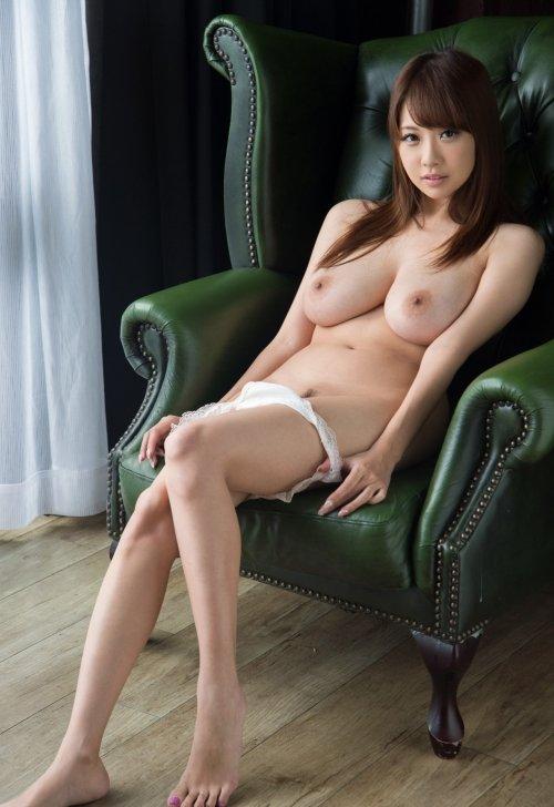 宇都宮しをんから改名した美巨乳美女、RION (6)