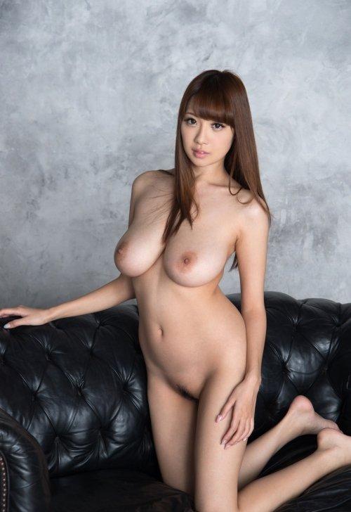 宇都宮しをんから改名した美巨乳美女、RION (8)