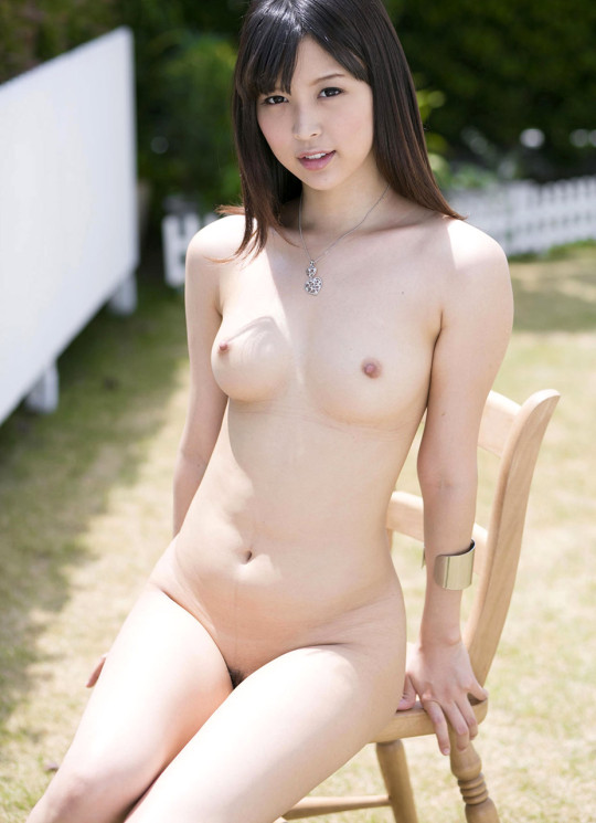 美しい乳房に素敵な乳首 (8)