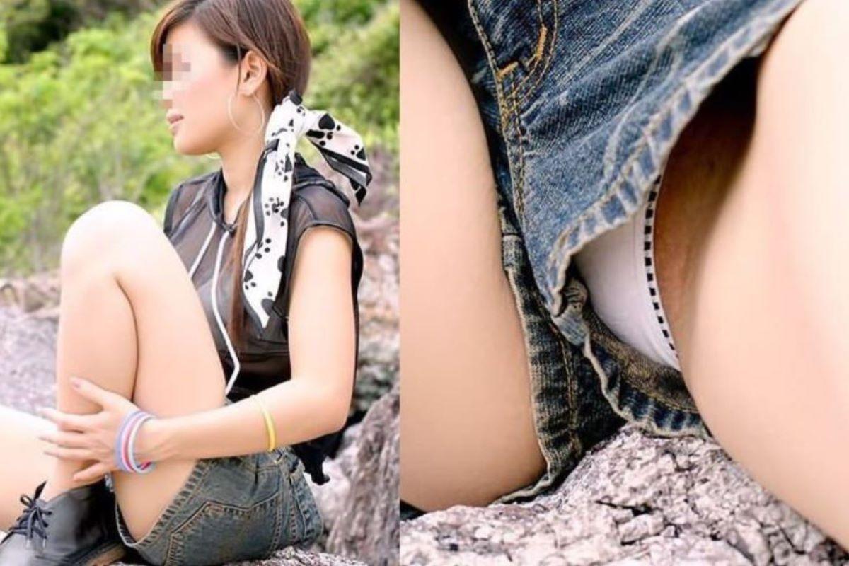 ショートパンツから下着がチラチラ (2)