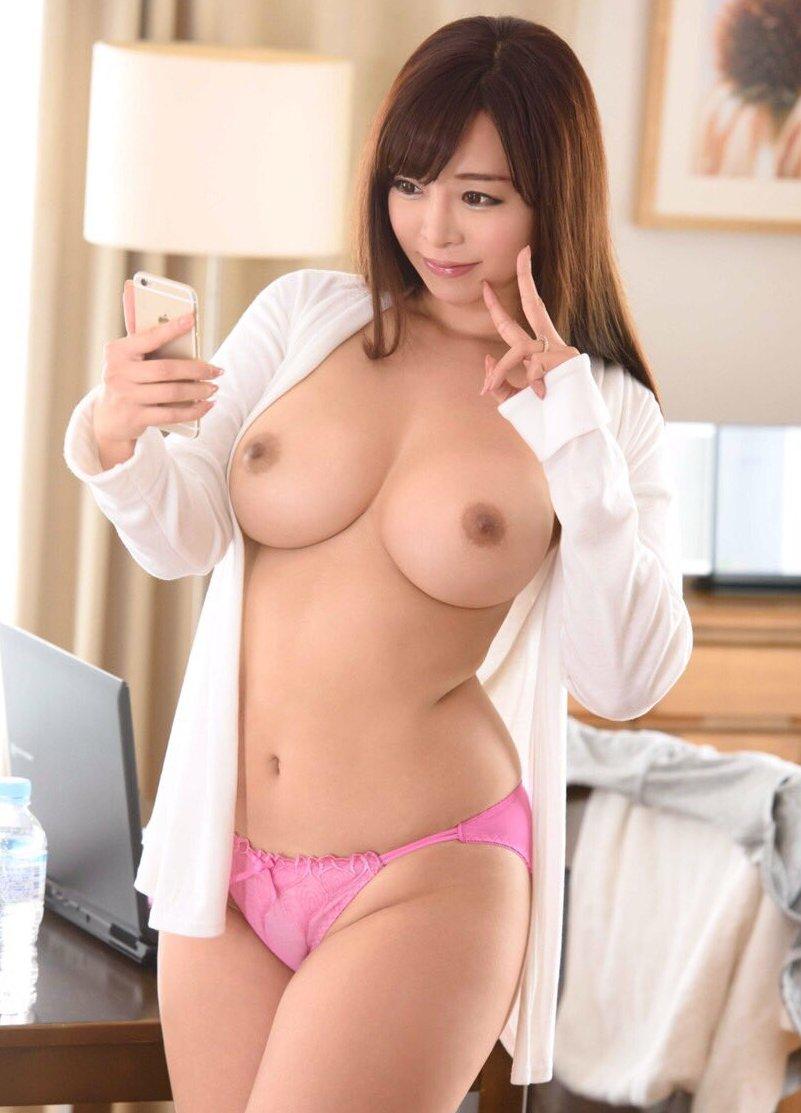 美巨乳の熟女がハードなSEX、KAORI (3)