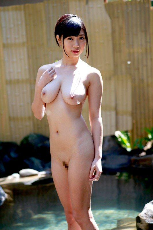 大きな乳房でパイズリしてSEX、桐谷まつり (12)