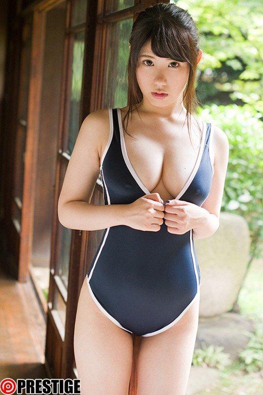 純粋無垢な少女の淫乱セックス、梨杏なつ (2)