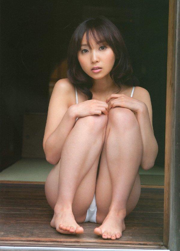 スレンダー美乳がセクシーな、吉木りさ (9)
