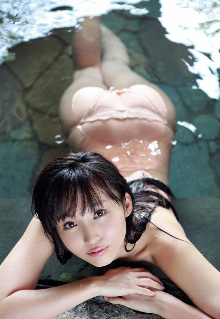 スレンダー美乳がセクシーな、吉木りさ (6)