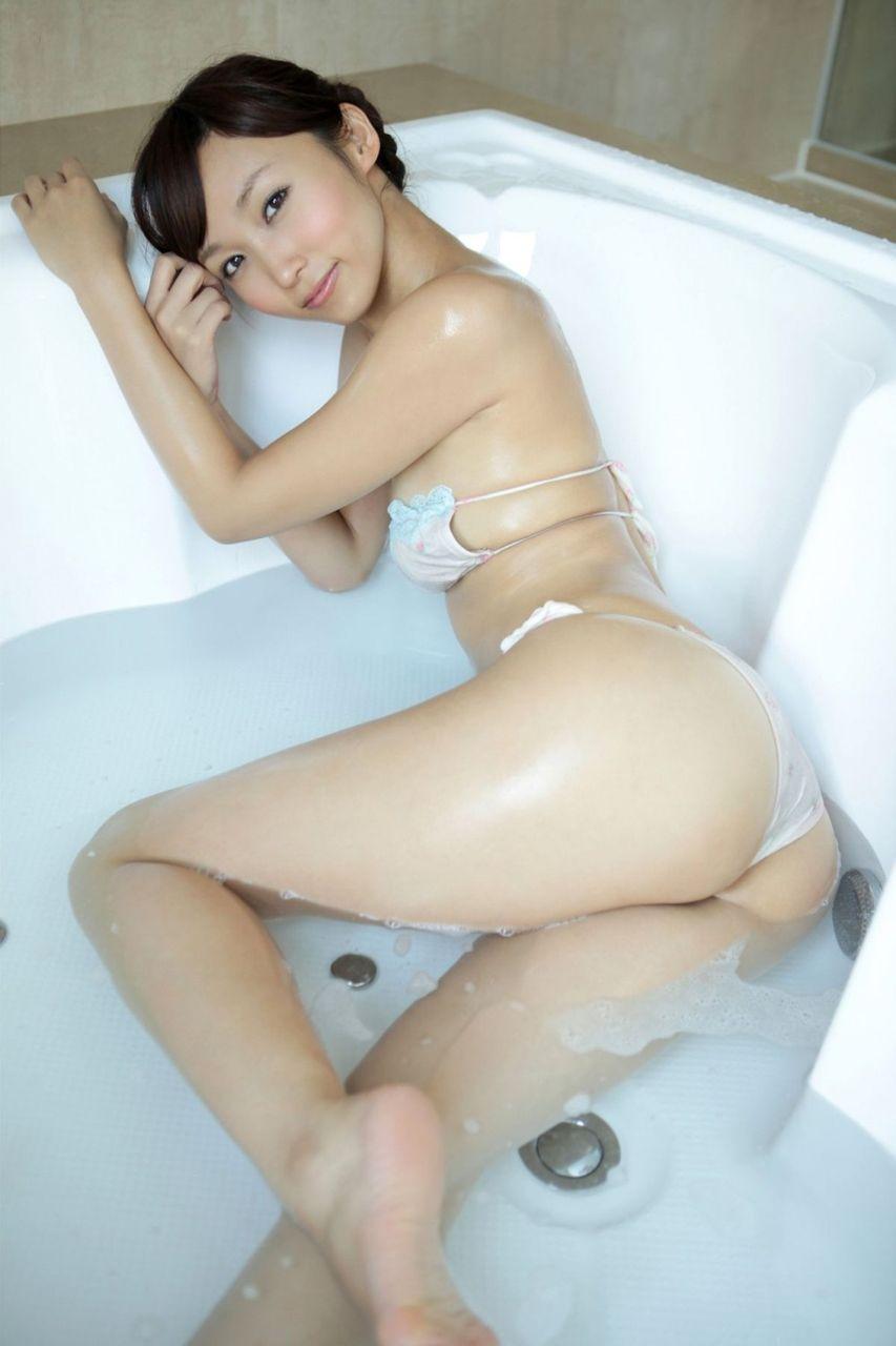 スレンダー美乳がセクシーな、吉木りさ (8)