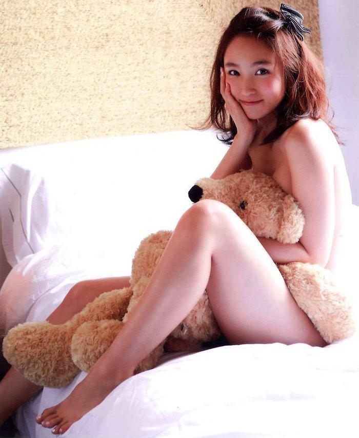 スレンダー美乳がセクシーな、吉木りさ (4)
