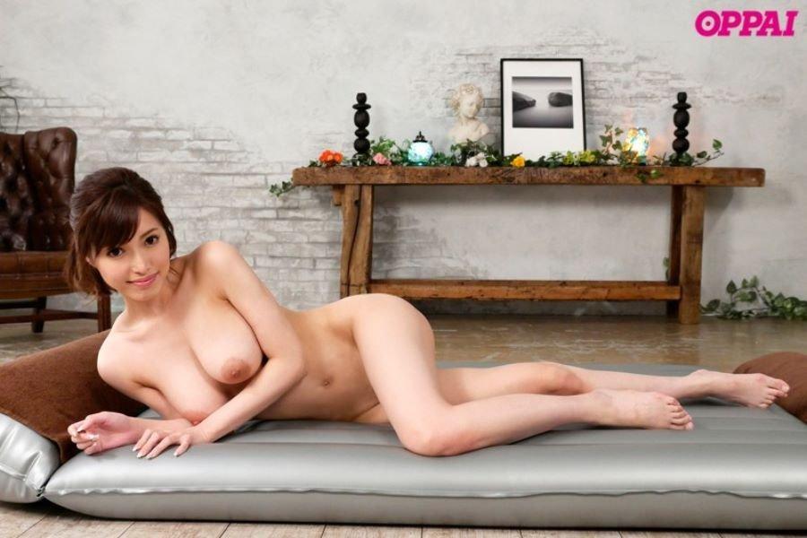 美乳ソープ嬢が絶品テクでハメまくる、君島みお (3)