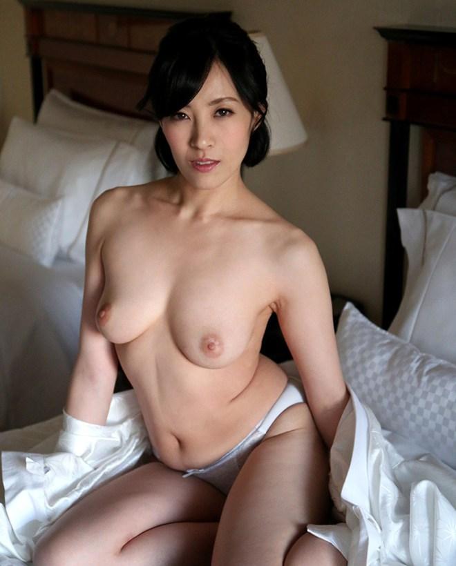 欲求不満の人妻が性欲全開SEX、谷原希美 (2)