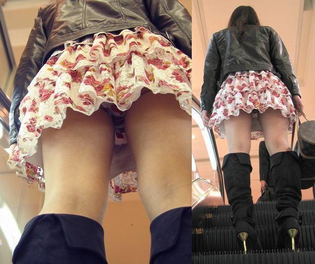 思いっきり下着が見えている女の子 (3)