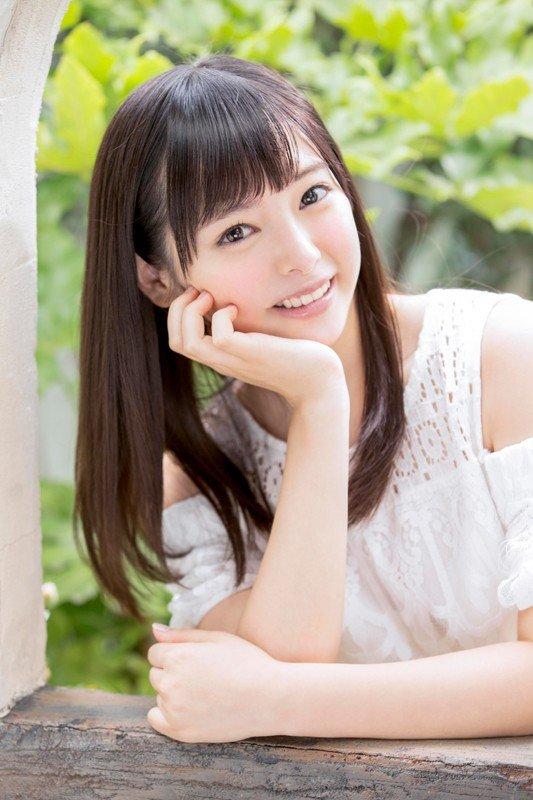 アイドルみたいな顔で激しくSEXする、小倉由菜 (11)