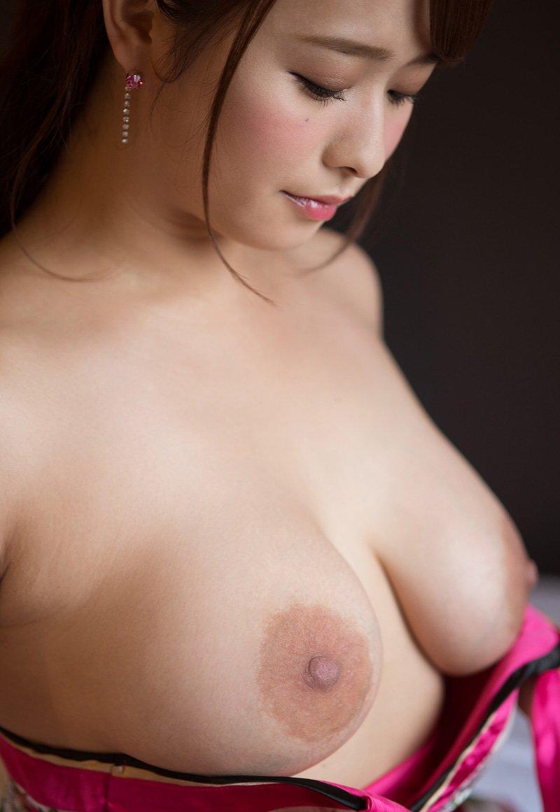 童顔巨乳な奥様の激しいSEX、白石茉莉奈 (9)