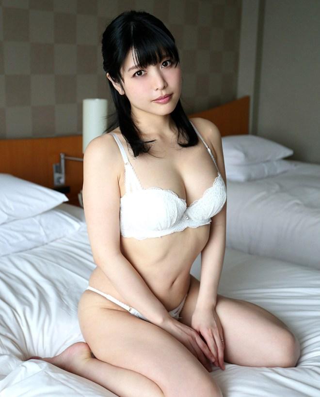 淫乱美女のハードプレイSEX、新村あかり (3)