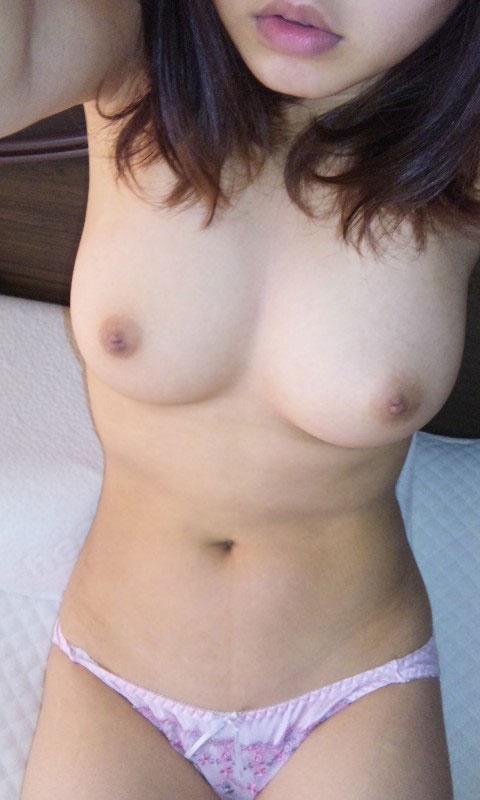 スマホで自分の全裸姿を写メしちゃう素人さん (8)