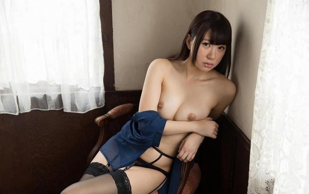 可愛いアイドルが本気のSEX、逢坂はるな (9)