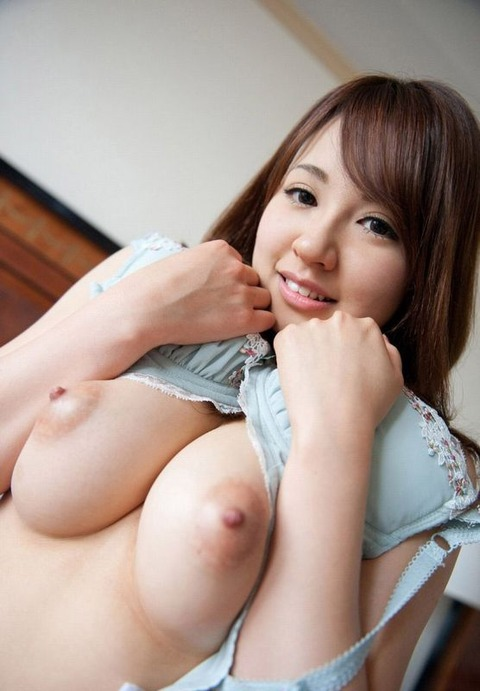 ペロペロしたくなるエッチな乳頭 (7)