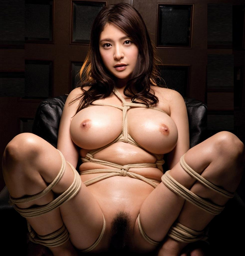 裸で縛られた女の子が美しくエロい (20)