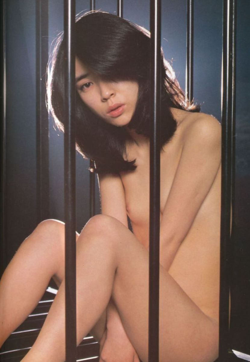 アイドルだって女優だって裸になっちゃう (13)