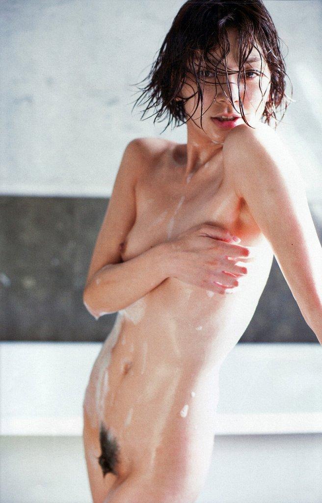 アイドルだって女優だって裸になっちゃう (15)