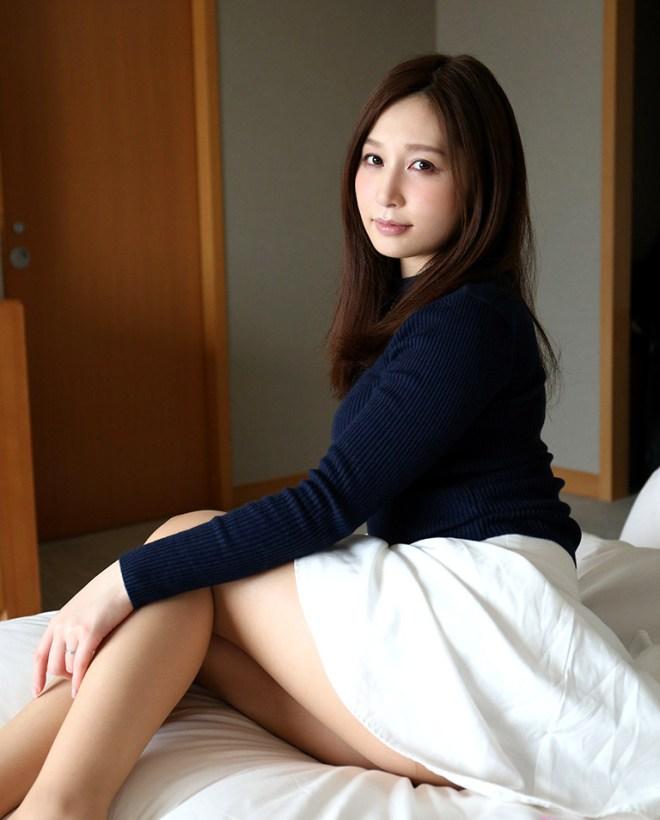 美人な人妻が性欲全開でSEXしちゃった、佐々木あき (2)