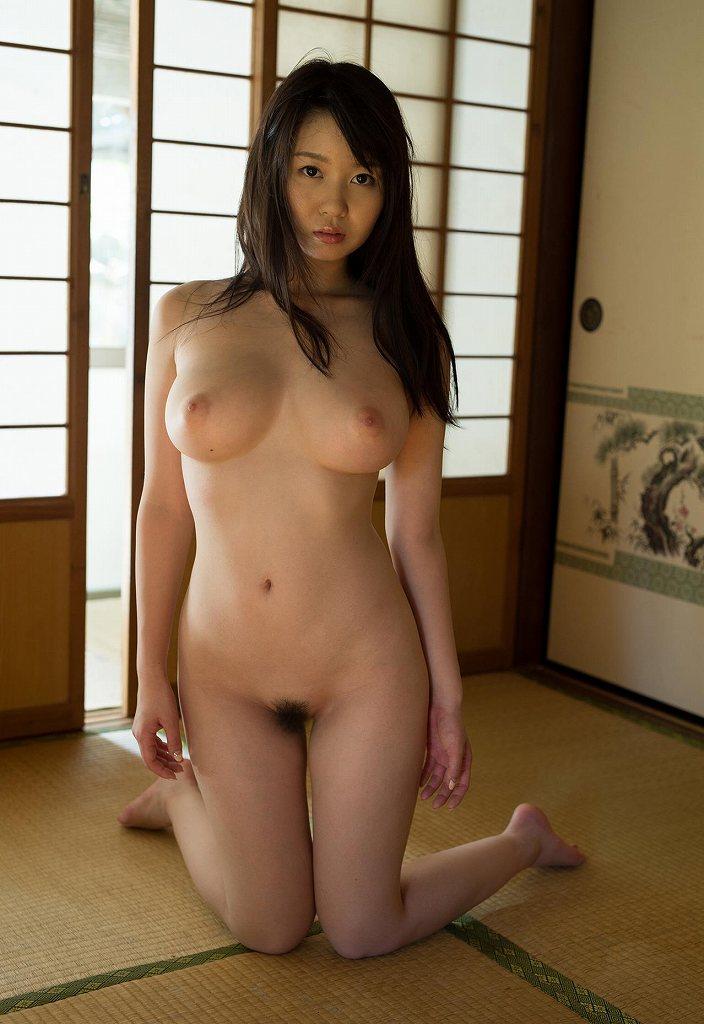 ミニマムボディで美巨乳な淫乱娘、夢乃あいか (9)