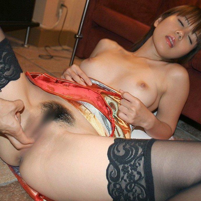膣内を愛撫する手マンというプレイ (1)