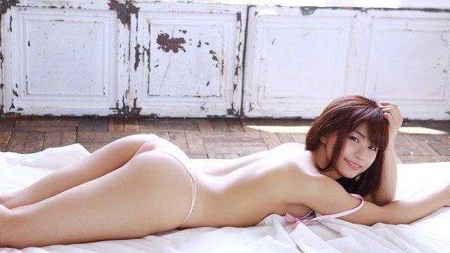 女優やグラドルなど芸能人の美しい脚 (10)