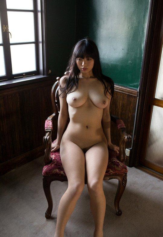 細身で巨乳の美女が激しくSEX、桐谷まつり (4)