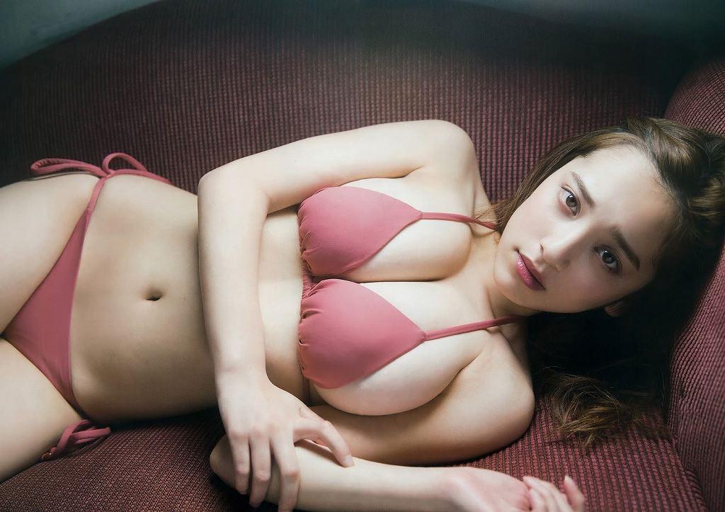 エッチなボディが素敵なアイドル、都丸紗也華 (19)