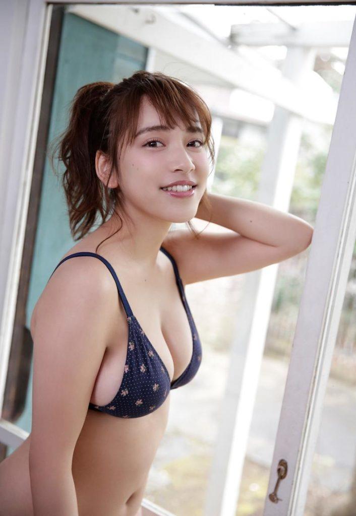 エッチなボディが素敵なアイドル、都丸紗也華 (12)