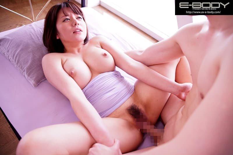巨乳タレントが性欲覚醒SEX、八神さおり (20)