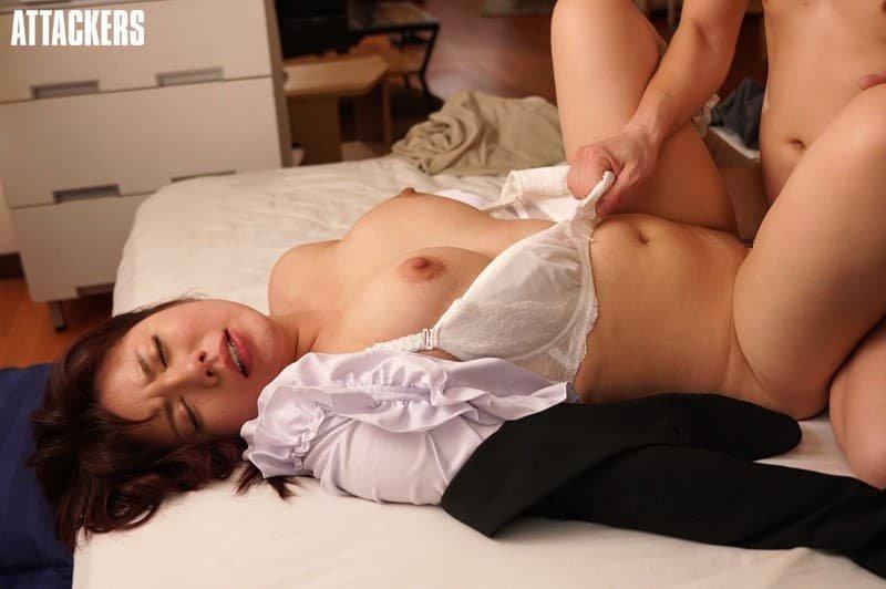 巨乳タレントが性欲覚醒SEX、八神さおり (4)