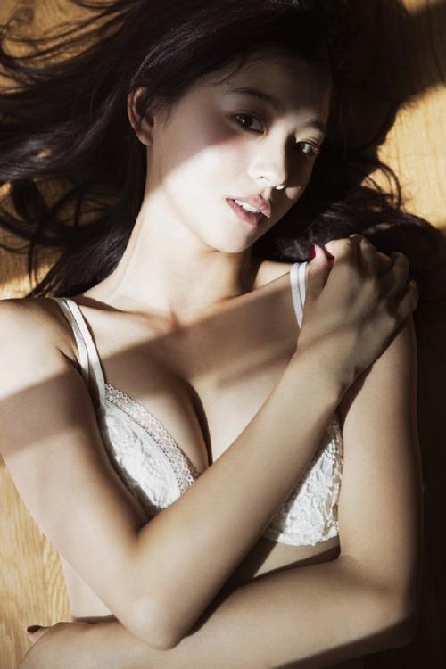 格好良くて可愛いモデル、朝比奈彩 (8)