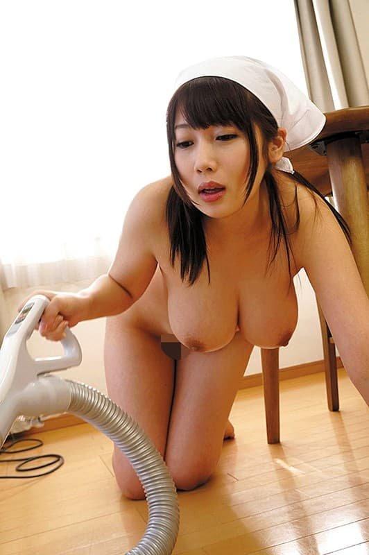 童顔巨乳の淫乱SEX、霧島さくら (2)