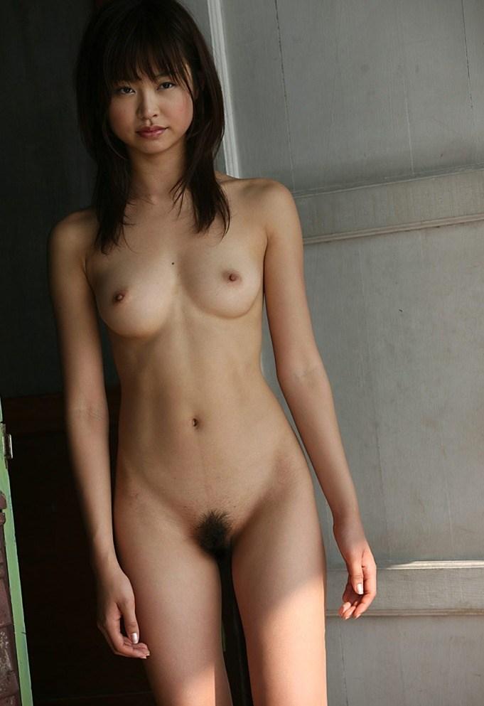 細身の体で激しくSEXする、夏目彩春 (13)