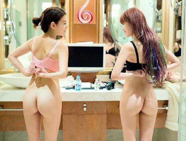 モデル体型の小ぶりな尻も綺麗 (15)