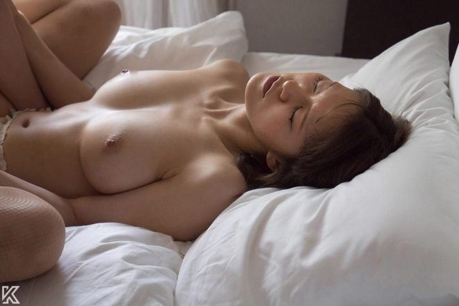 モデル体型の美人が野生的なSEX、立花瑠莉 (17)