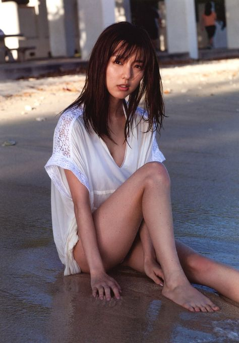 グラドルや女優の美脚を舐めたい (2)
