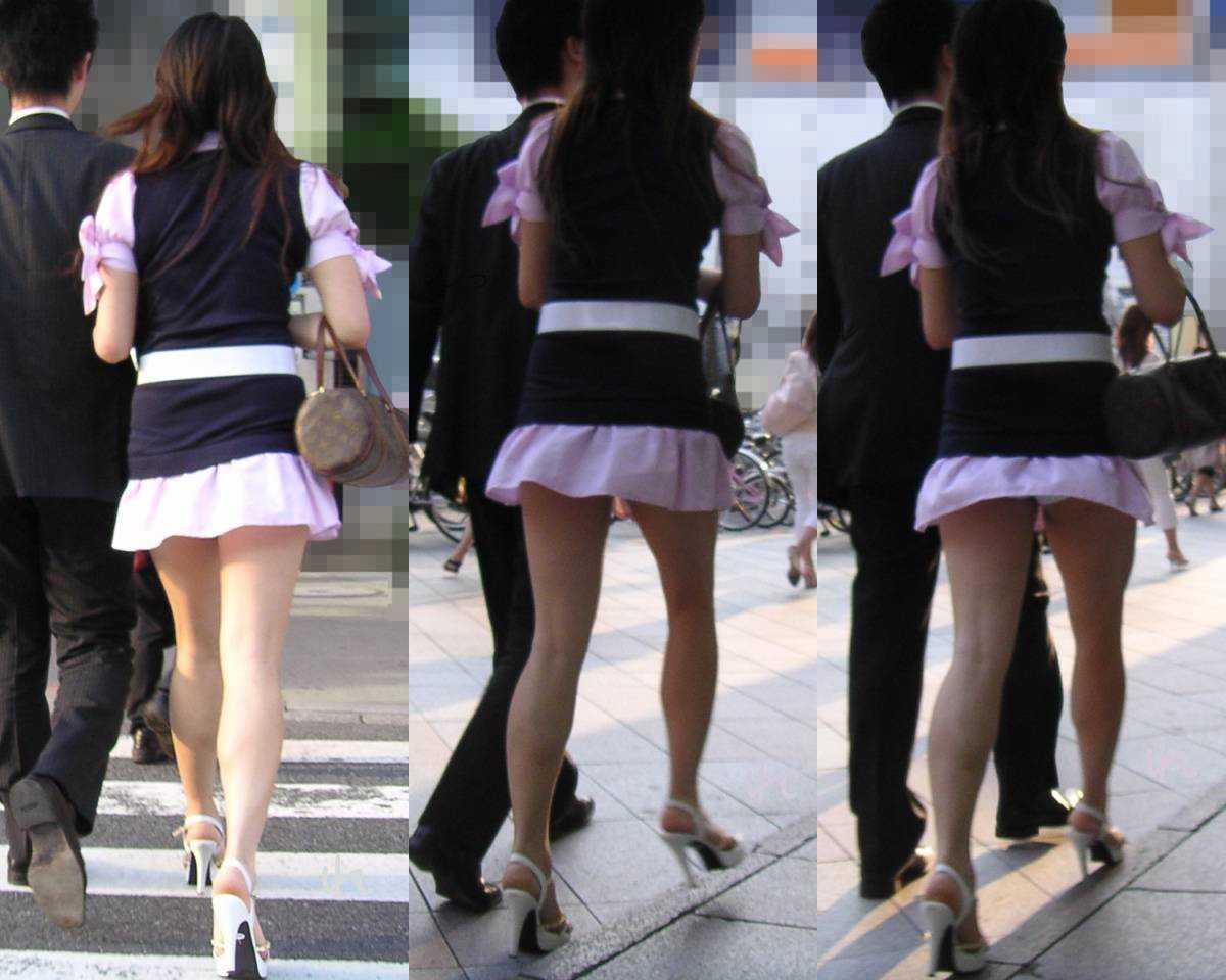 スカートが短すぎてパンツが見えまくり (6)