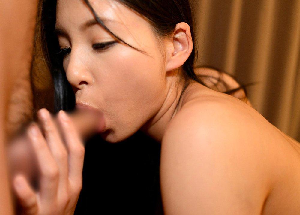 チンチンを舐めまくっちゃう女の子 (9)