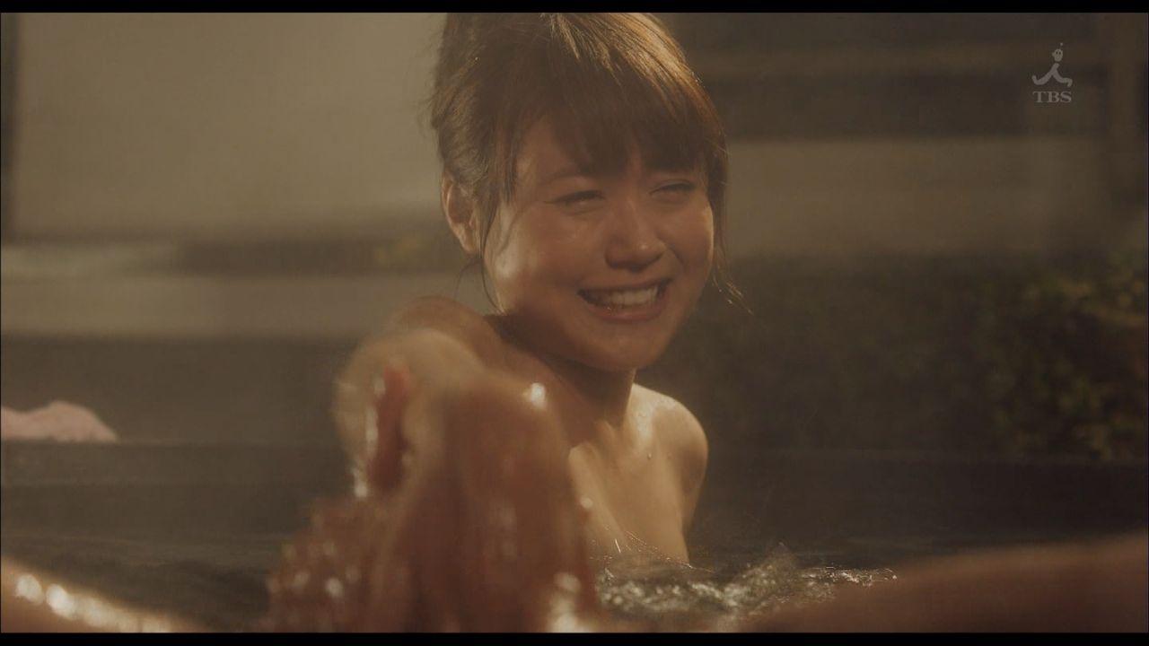 温泉に入る芸能人がセクシー過ぎる (12)