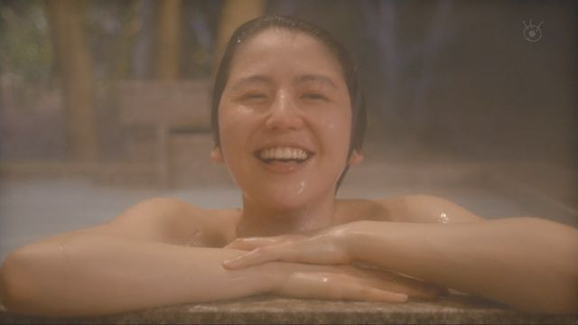 温泉に入る芸能人がセクシー過ぎる (4)