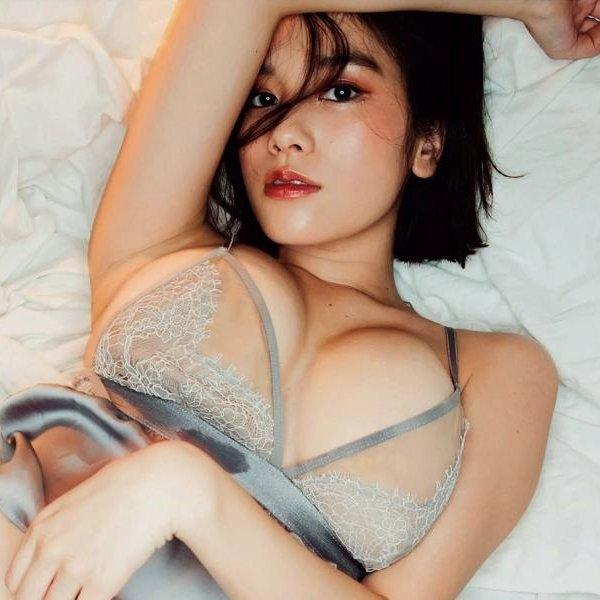 【芸能人の下着エロ画像】綺麗な芸能人たちのセクシーなランジェリー姿がヌケる