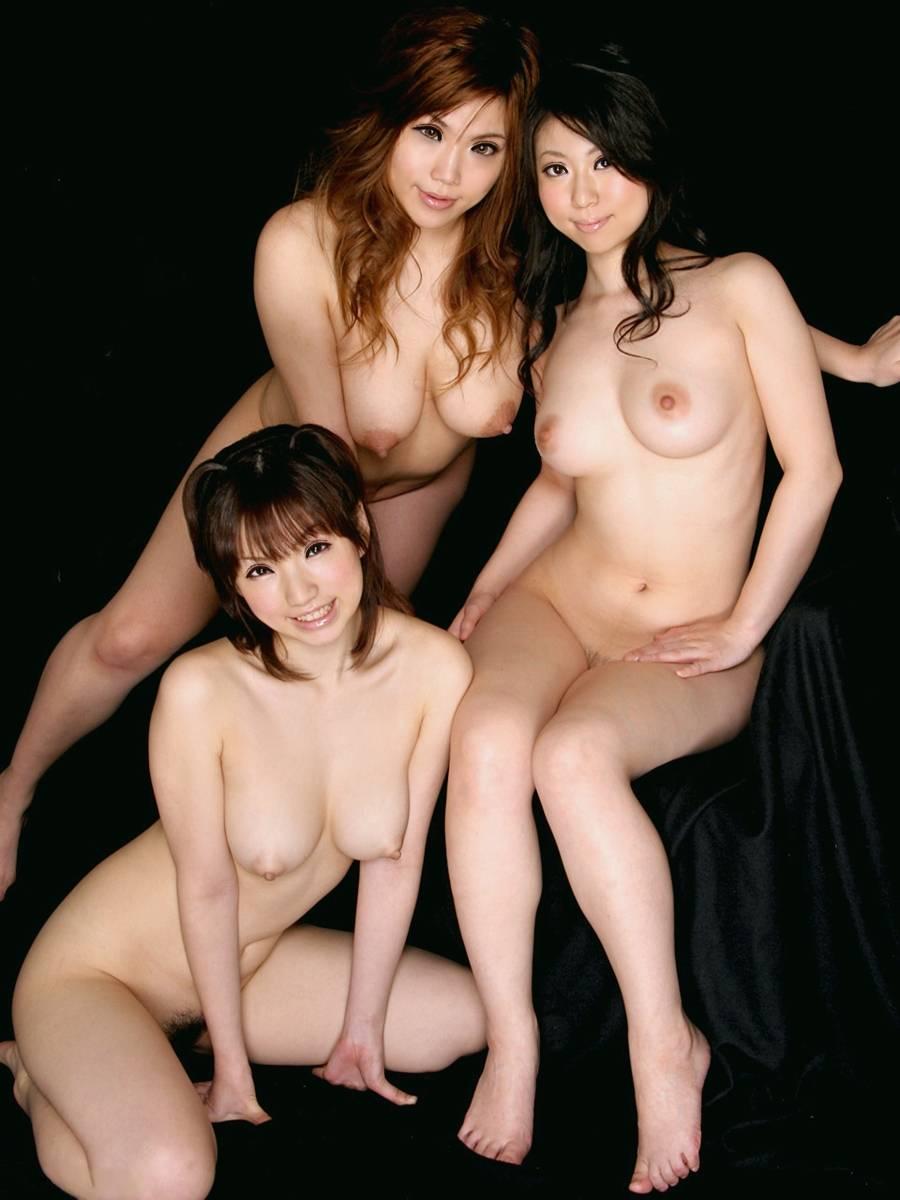 素っ裸の女の子の集合写真 (4)