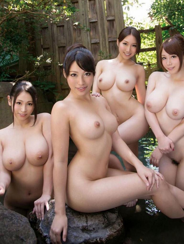 素っ裸の女の子の集合写真 (13)