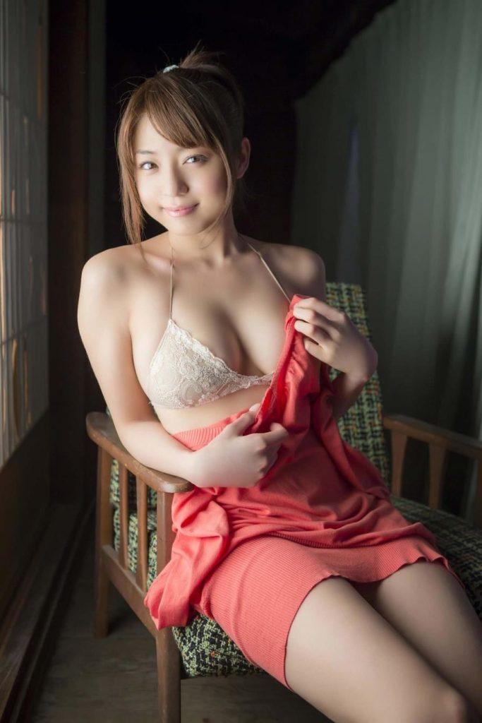 酔っても可愛いグラビアアイドル、中村静香 (7)