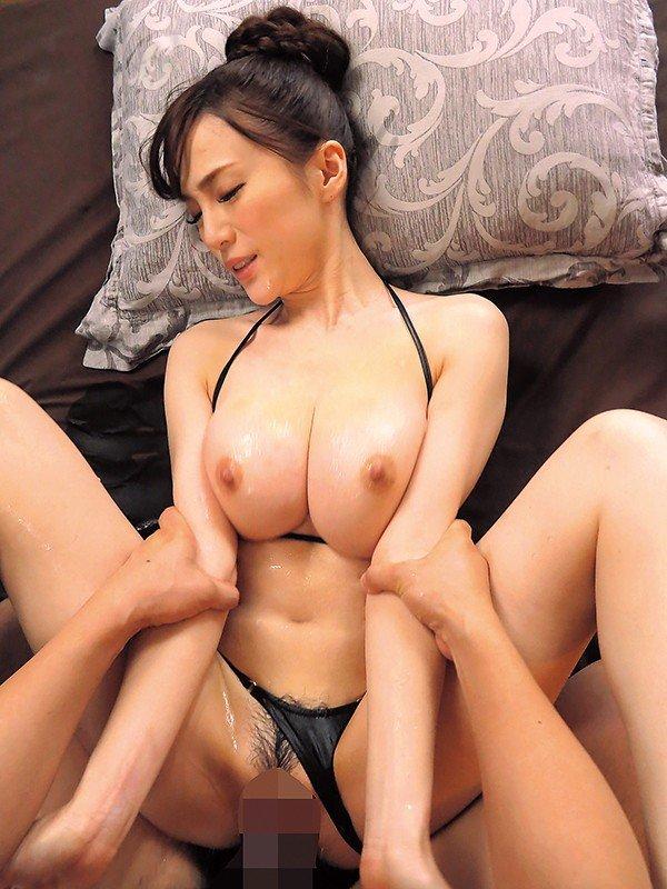 人気風俗嬢の豪快SEX、すみれ美香 (17)