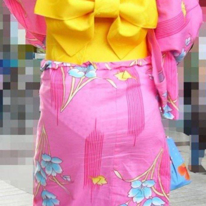 【透けパン エロ画像】浴衣からパンツが透けて見えてる素人娘たち